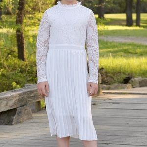 Other - The Genevieve Dress in White lace and pleated